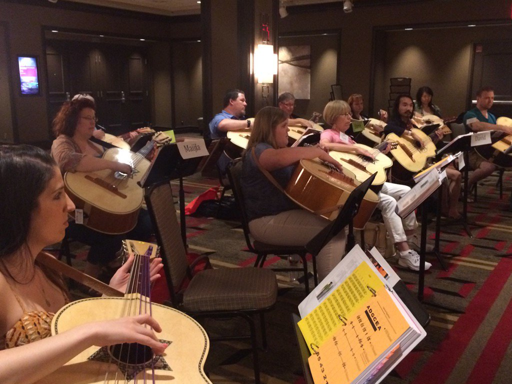 Our #Mariachi Workshops are off &amp; running in Las Vegas #MusicEd  @WestMusic @YamahaMusicUSA @WengerCorp<br>http://pic.twitter.com/AxgNP2PBIU
