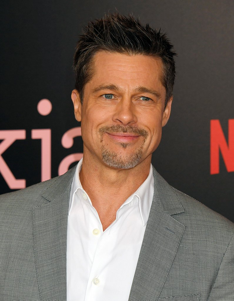 #People Brad Pitt vs Bradley Cooper : le photobomb le plus sexy du mon...