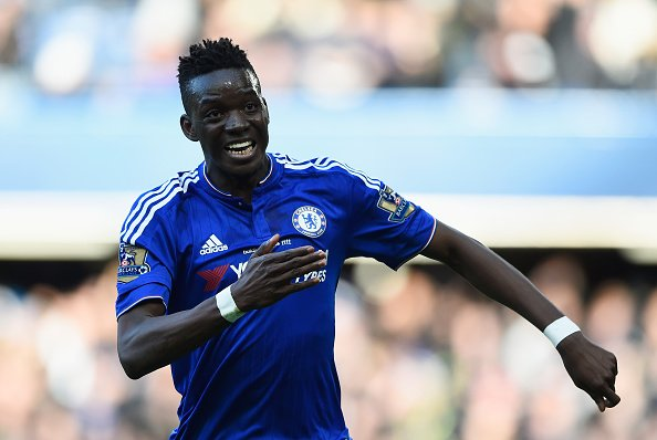 BREAKING: Lyon sign Bertrand Traore from @ChelseaFC on five-year contr...