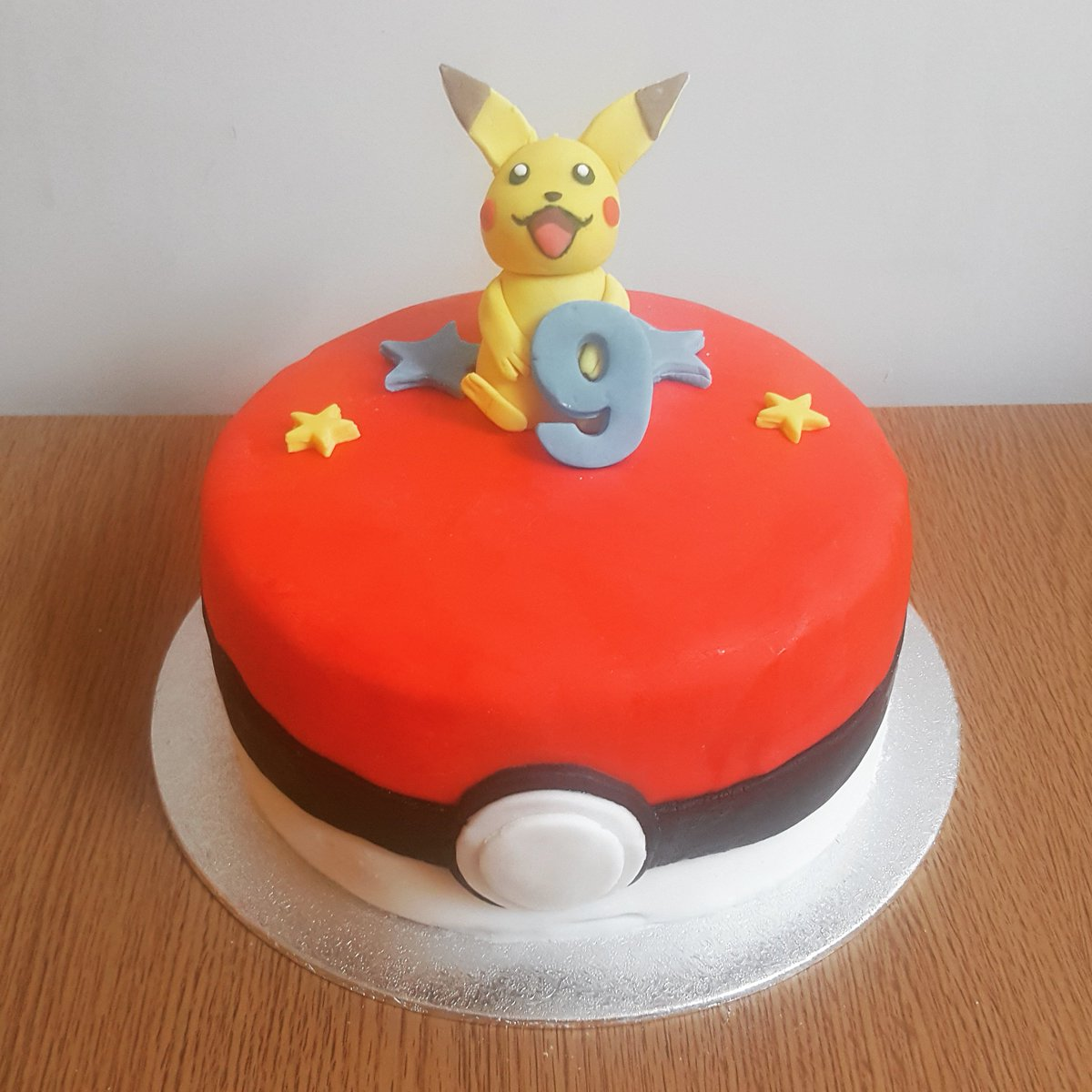 Phenomenal Free Cakes Reading On Twitter Any Pokemon Fan Would Be Thrilled Funny Birthday Cards Online Elaedamsfinfo