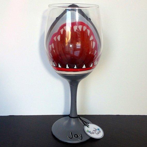 The Jaws wine glass! #Jawsome #Jaws <br>http://pic.twitter.com/U0nDjkdwTG