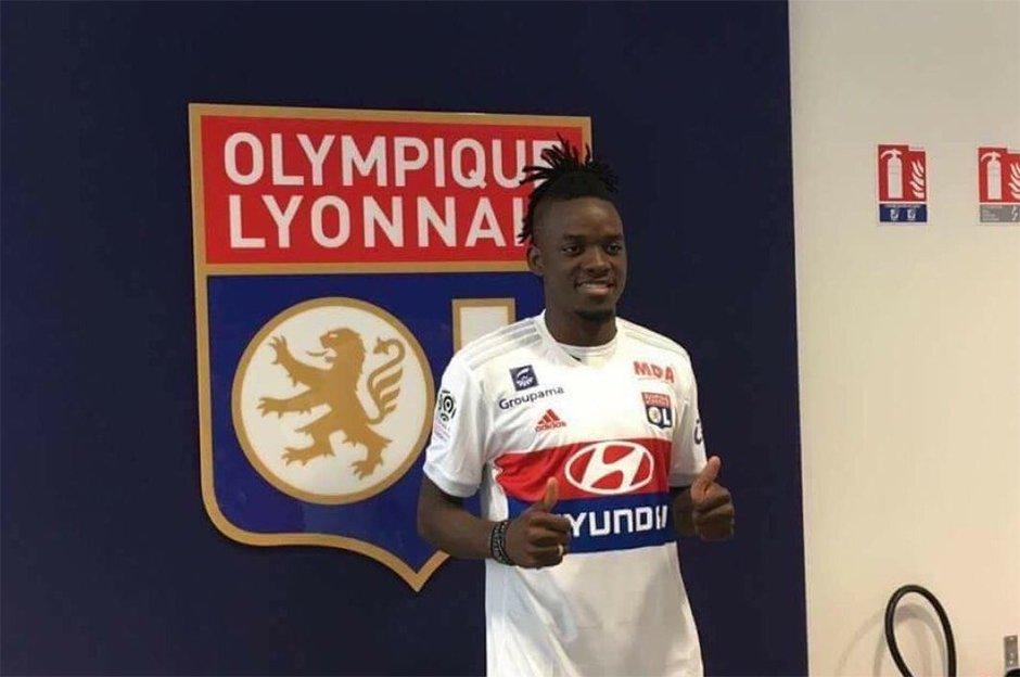 Lyon'da Lacazette'nin yerine Traore https://t.co/MRvHixLL9T https://t....