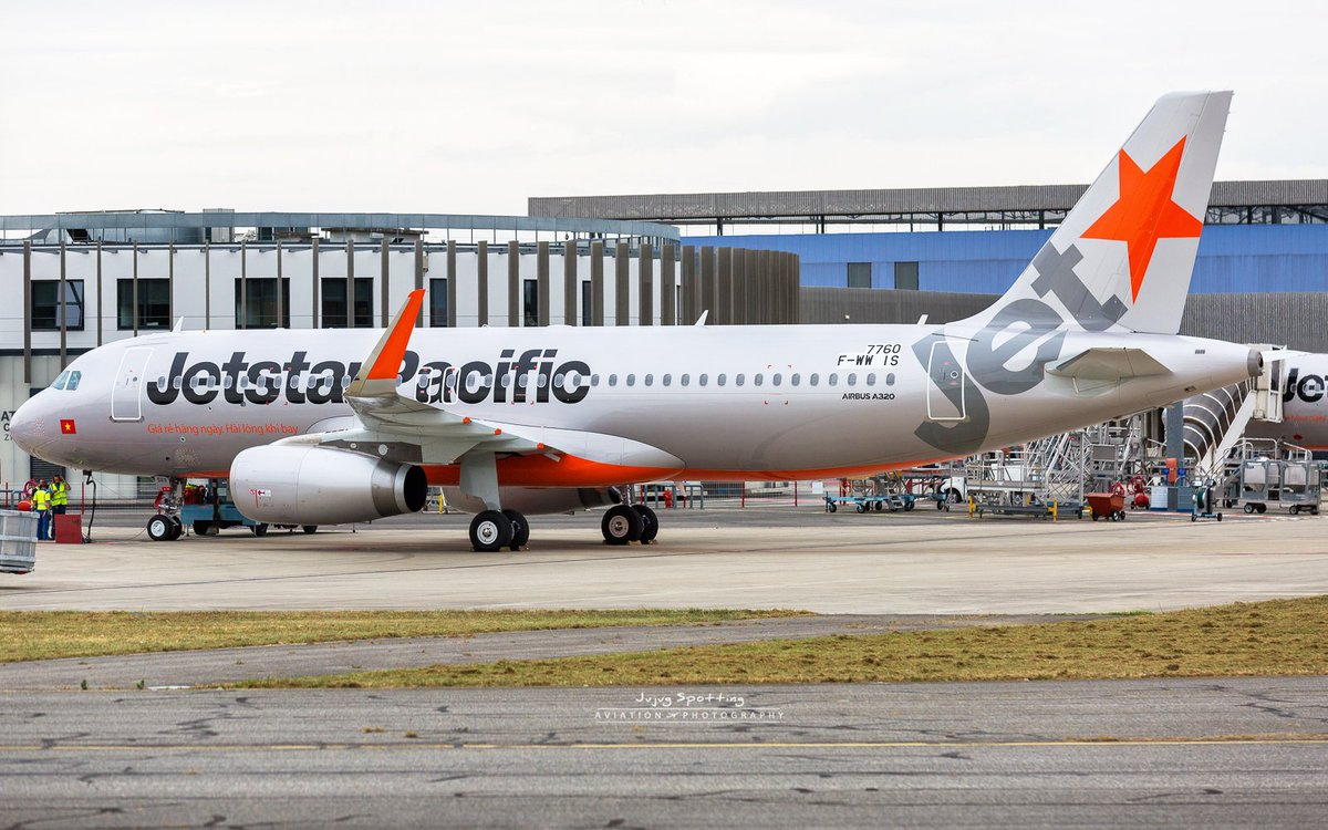 #Airbus #A320 Jetstar Pacific at delivery centre this afternoon. #Avgeek #Toulouse <br>http://pic.twitter.com/2crWnMKCnV