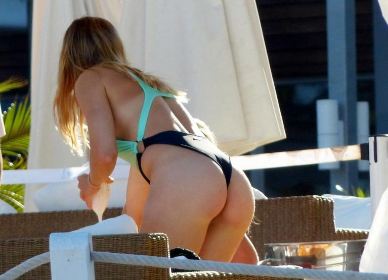 La tennista Genie Bouchard si gode le vacanze col sedere ben in vista - https://t.co/85cxCyTHEH #blogsicilianotizie #todaysport