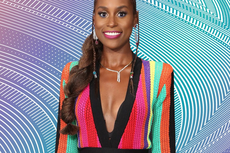 .@IssaRae paired her Balmain with Braids for the 2017 BET Awards.: https://t.co/6TDfIRp2WI