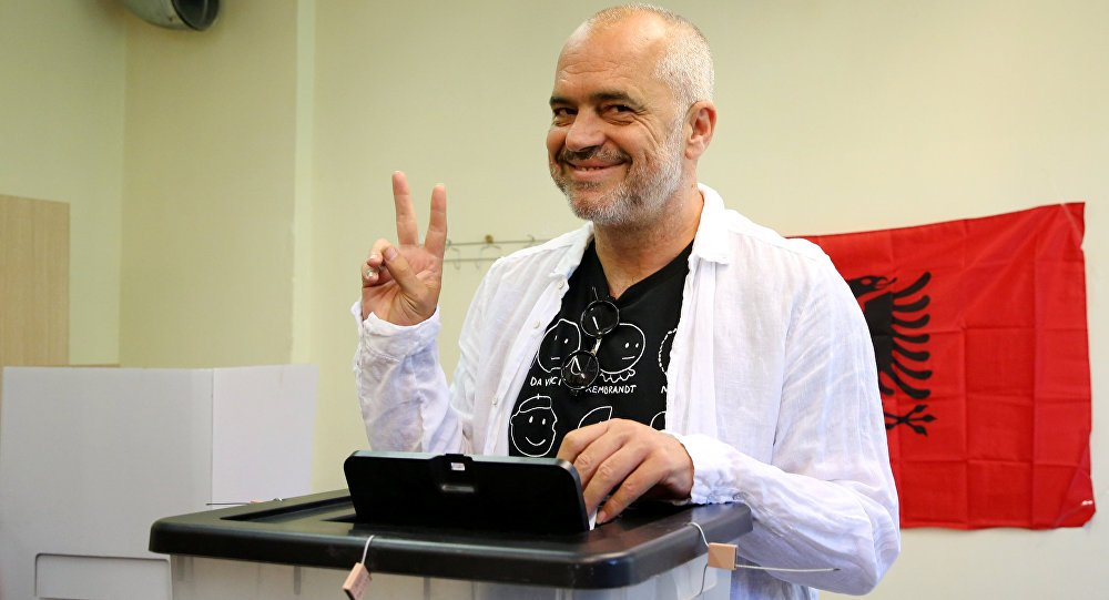 Arnavutluk'ta seçimlerin galibi Sosyalist Parti https://t.co/lhP8S9iCS...