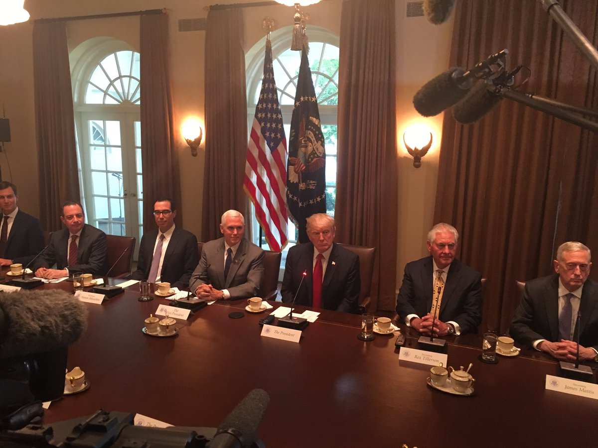 WH team at table for big mtg w India's Modi: Powell, Kushner, Priebus, Mnuchin, Pence, Trump, Tillerson, Mattis, McMaster, Cohn, Lisa Curtis