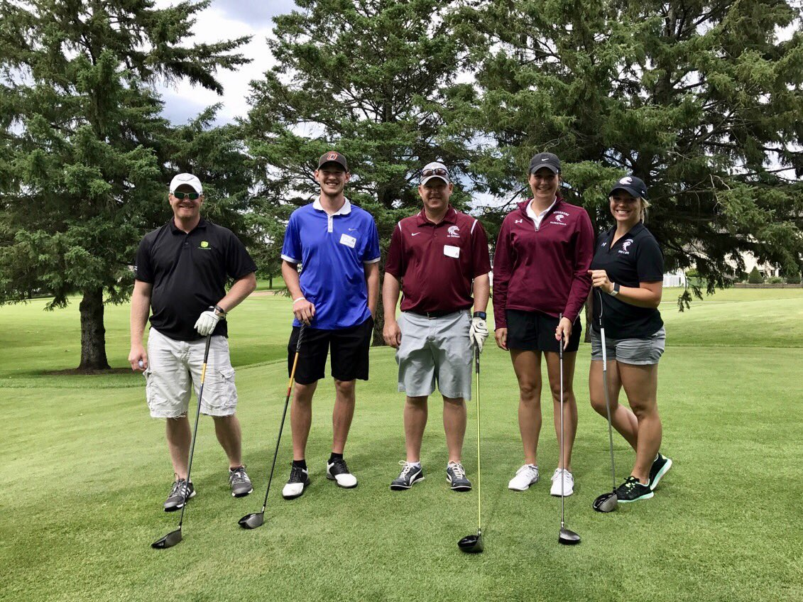 Took a few more mulligans than allowed but still had a lot of fun at the A-Club Golf Tournament!! #AuggiePride @JVoigt45 @DrewPrivette https://t.co/PKP6F6MsID