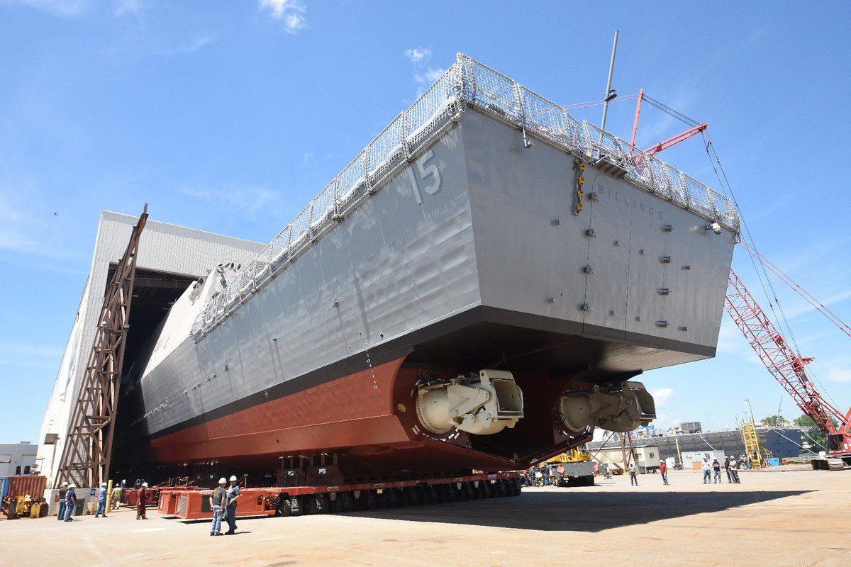 Chris Cavas On Twitter More Of Billings Lcs15 Coming Out Of The Marinette Marine Assembly Shed Great View Of The Water Jet Propulsion Units Https T Co Gdtideticz