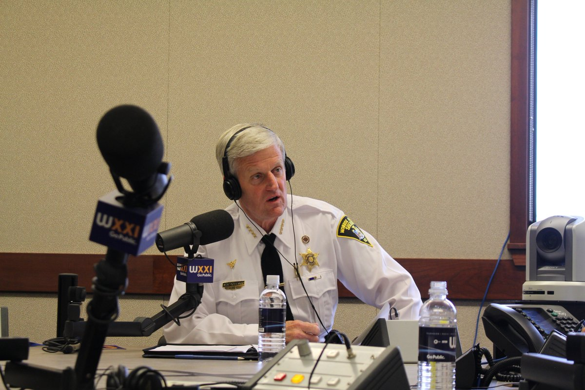 Thanks @evandawson pleasure to speak with you today @WXXINews #connections  http:// bit.ly/2sajHMu  &nbsp;   #sheriffoflynn #ROC <br>http://pic.twitter.com/khVKflL9B8