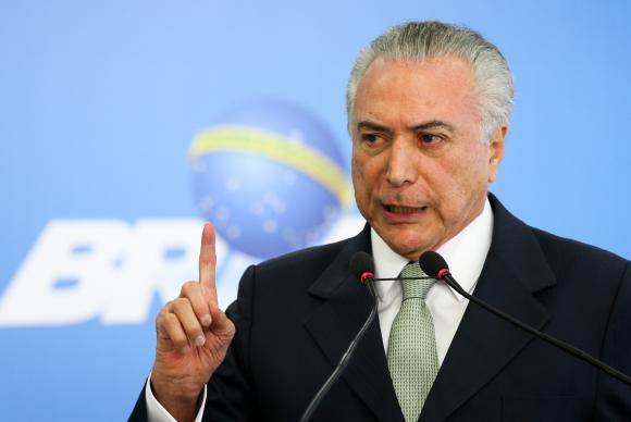 Em relatório final, PF diz que Michel Temer embaraçou investigações https://t.co/eb9pU4E3AM (📷 Marcelo Camargo/Agência Brasil)