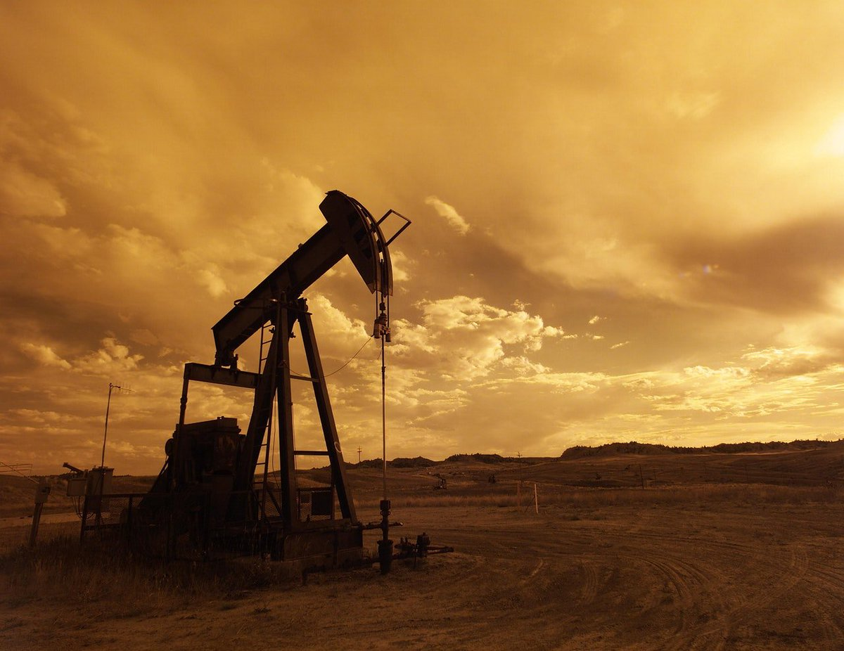 #Hackers Hit 75% of #Drillers as Sketchy Monitoring Is Blamed  https:// bloom.bg/2sK9a9m  &nbsp;    #infosec #security #hacking #cyberattack $FCT #news<br>http://pic.twitter.com/dQ0nFiJvEa