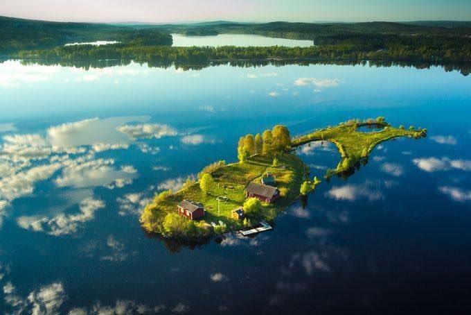 リアルファンタジーの世界?フィンランドにある島がRPGによくある離島!