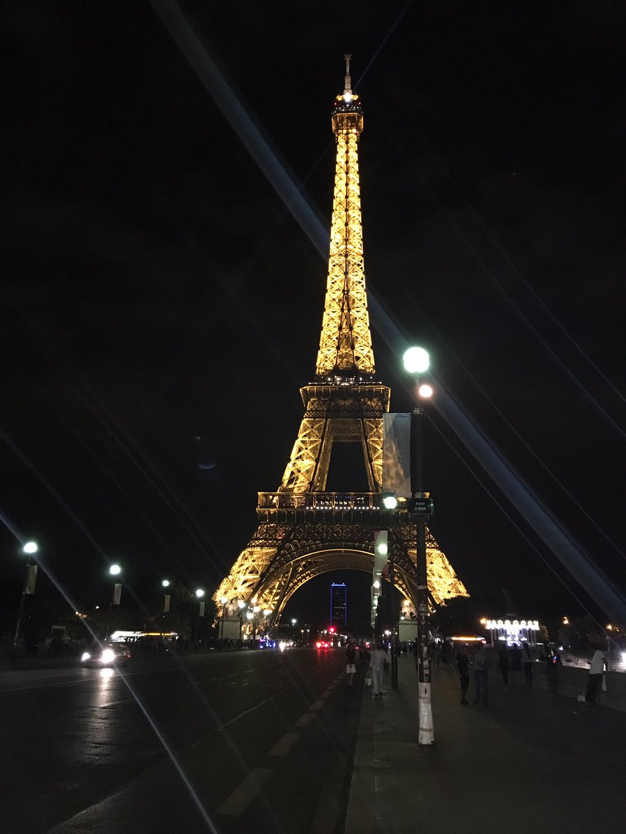 test Twitter Media - Eiffel Tower #Paris https://t.co/ciDZlfayH3
