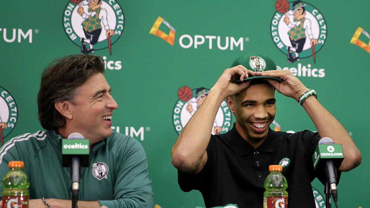 #Celtics draft pick Jayson Tatum asked what places in Boston he should visit. He got some hilarious responses. https://t.co/6xo0zgieWy