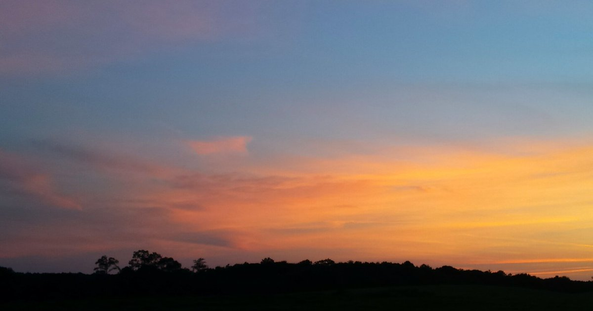 And then this... #sky after #sun went down tonight..  <br>http://pic.twitter.com/G88PEiyxEw