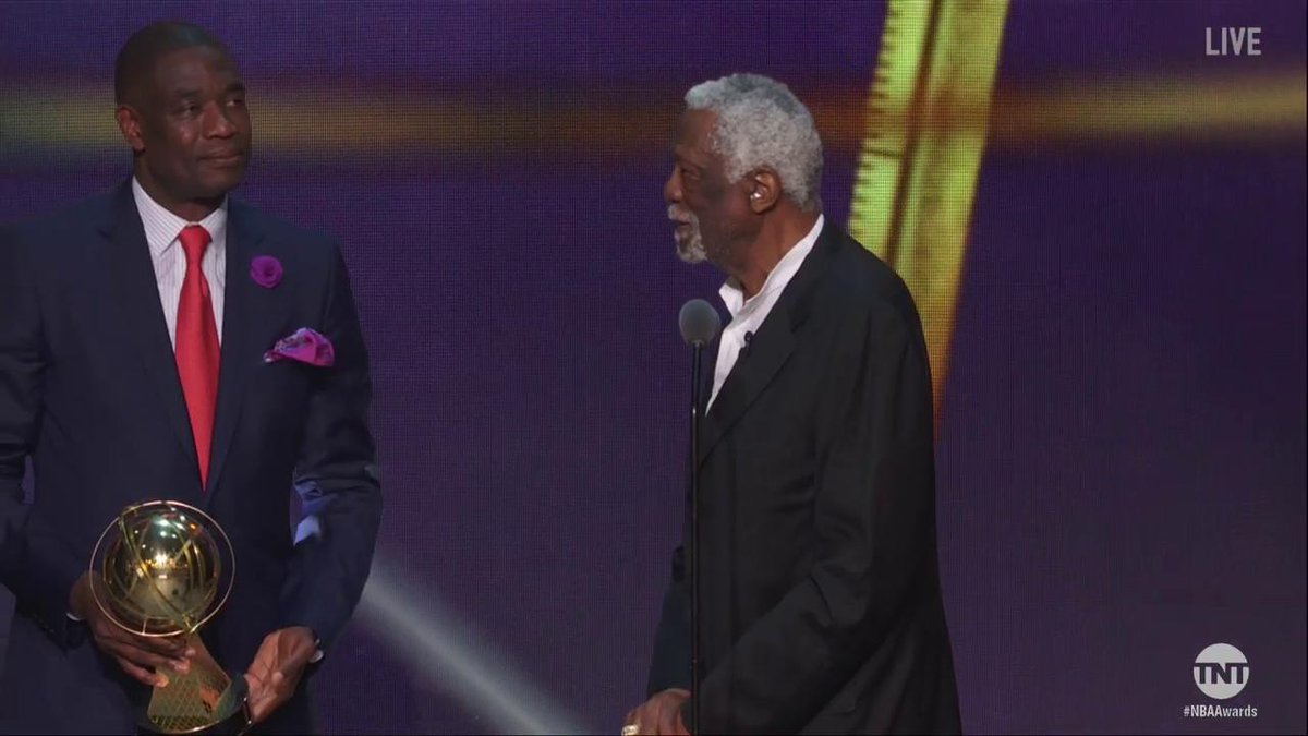 Let 'em know, Bill Russell! 😂  #NBAAwards https://t.co/bizzUGBghz
