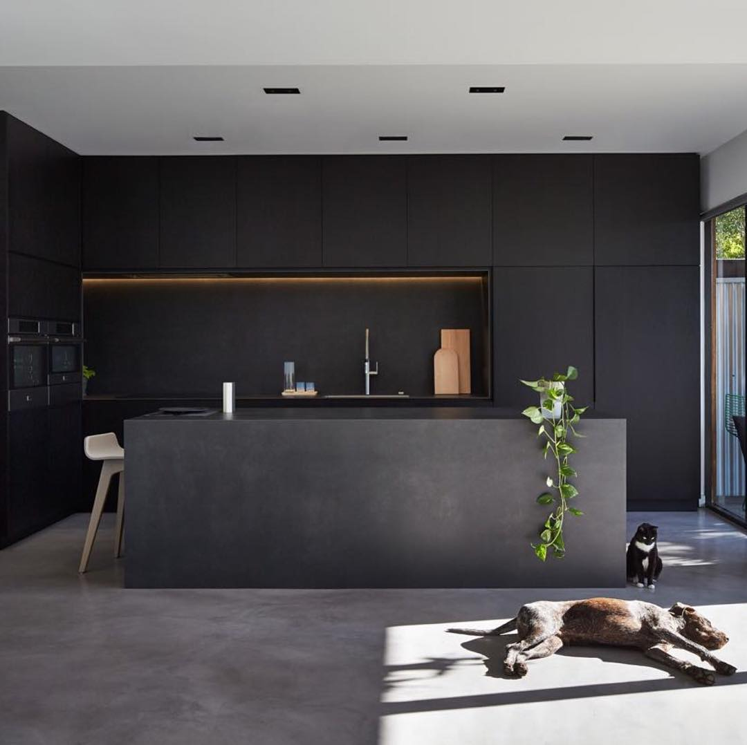 Perfect lines   by Peter Bennetts #minimalist #interiordesign #black #kitchen #home #inspiration<br>http://pic.twitter.com/k8neUuekQM