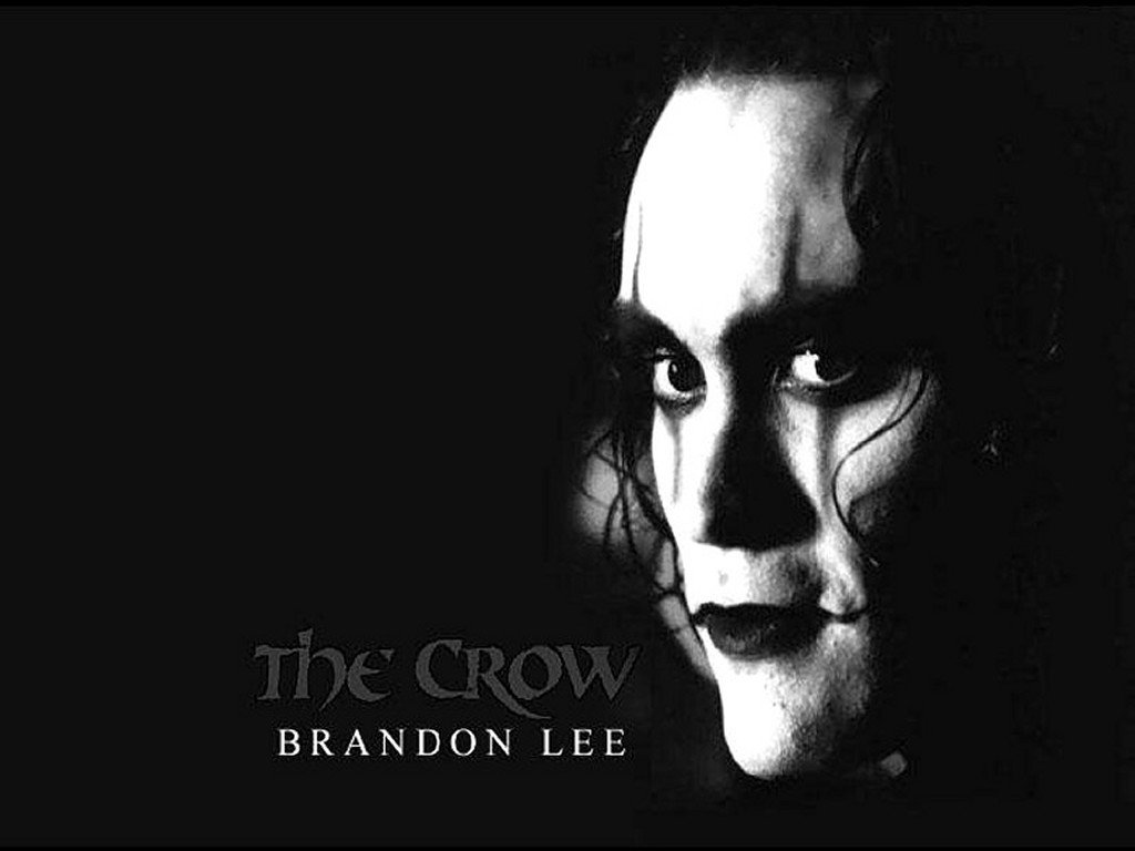 Watching a movie before bedtime #elcuervo #thecrow  #goodnight #Guayaquil <br>http://pic.twitter.com/PdlTQoVKm2