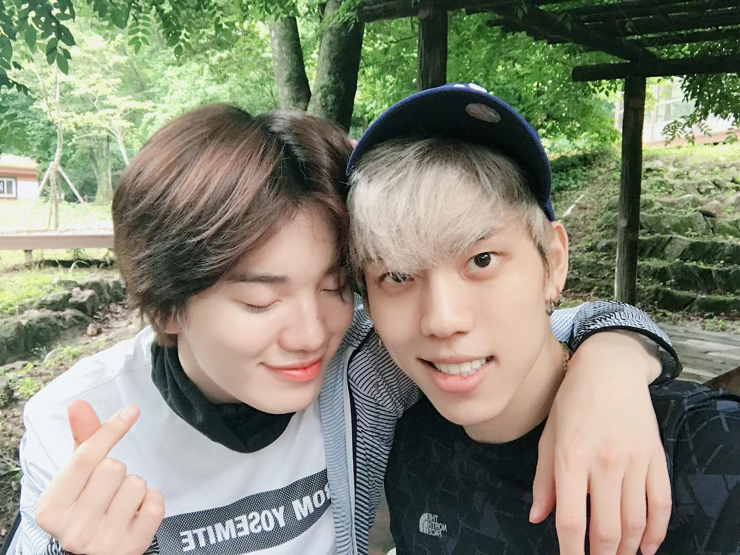 [PIC] 170627 #INFINITE Sungjong instagram update with Dongwoo Trans : &quot; When you have a lot of thoughts, have a Chiak mountain..... &quot; <br>http://pic.twitter.com/dhF9TdmPyT