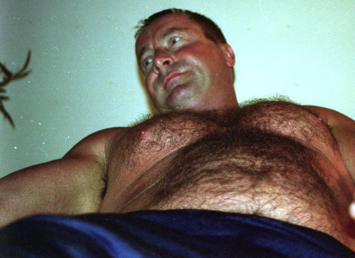 My Carolina bud from  http:// GLOBALFIGHT.com  &nbsp;   #burly #beefy #manly #macho #hairychest #wrestling #coach #daddie #oso #hirsute #carolinajim<br>http://pic.twitter.com/4SuzlU2WcG