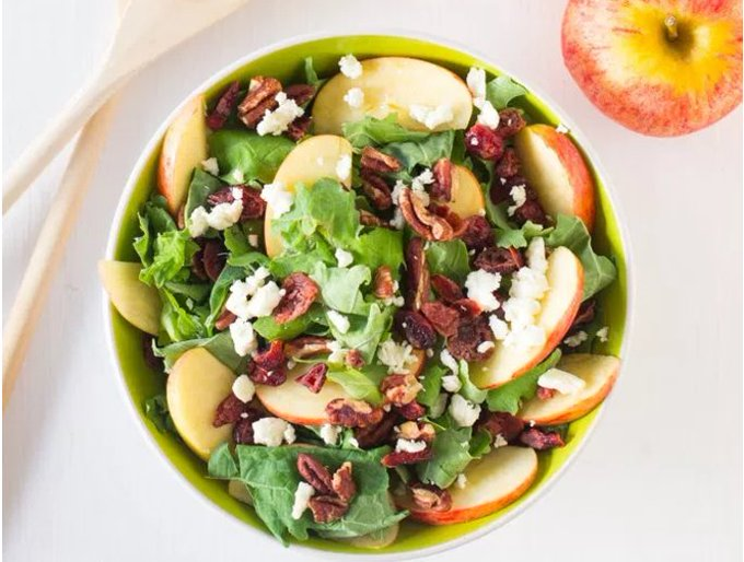 RECIPE: Apple Pecan and Feta Salad With Honey Apple Dressing