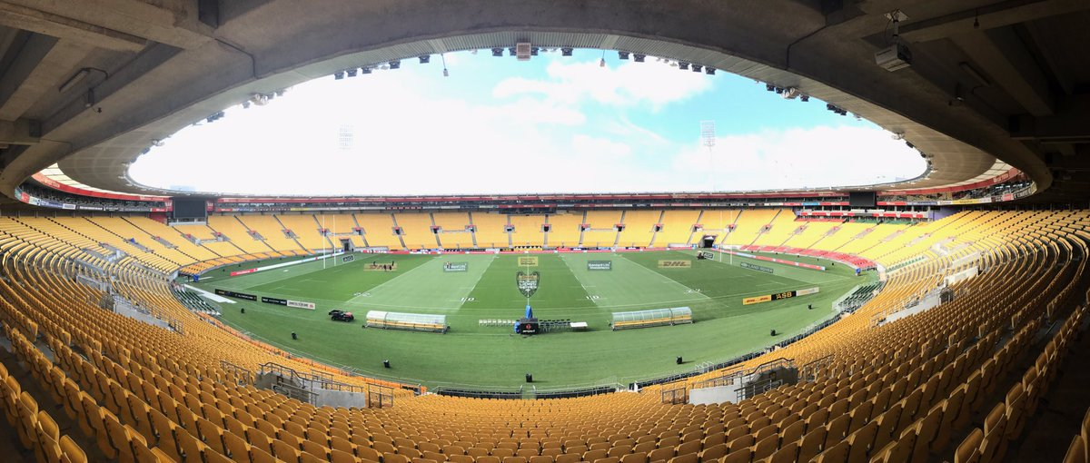 The calm before the storm...#HURvBIL #LionsNZ2017 🇳🇿🦁🌪 https://t.co/gQ...