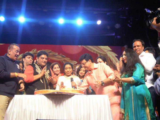 ShelarAshish: Happy to attend LOVE U PANCHAM concert & celebrated 78th birthday of R D Burman with ashabhosle