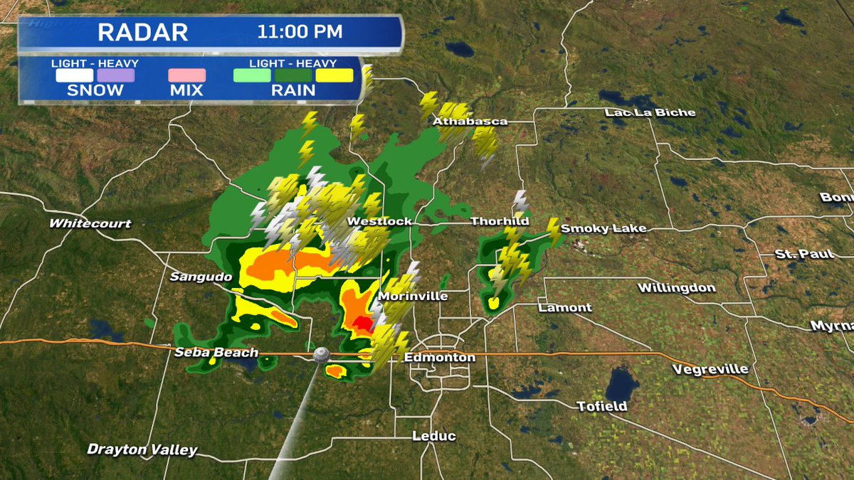 11pm - worst of the storm is hitting St Albert.  moving ENE with heavy...