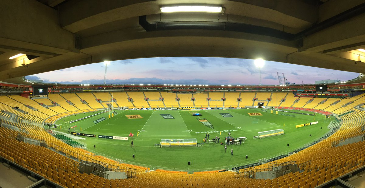 What. A. Setting.  😍😍😍  #HURvBIL  #LionsNZ2017 #AllForOne https://t.co...