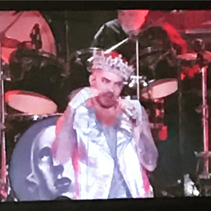 Aww. Lyndsey Parker IG &quot;@adamlambert you have earned this crown! #respect #QAL&quot;  https://www. instagram.com/p/BV1MvzYFr3r/  &nbsp;  <br>http://pic.twitter.com/aqCGDH53oF