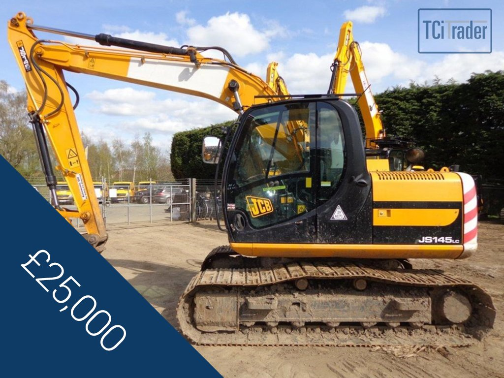 2010 JCB #Tracked #Excavator FOR SALE! Has a #new undercarriage fitted months ago AND has full #service #history!  http:// ow.ly/Dt0D30bPnwA  &nbsp;  <br>http://pic.twitter.com/v9r7mH4cYR