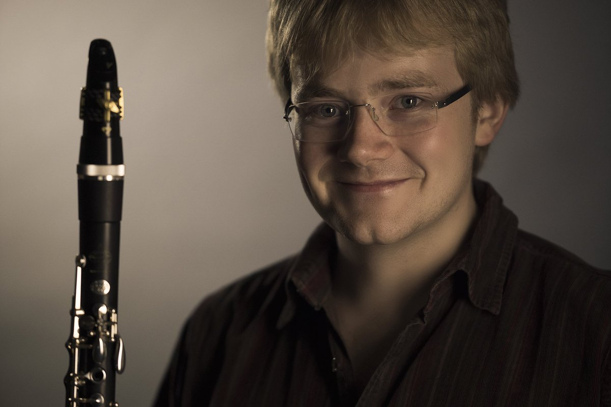 Milton Keynes&#39; #clarinet ace Ben Westlake to give concert in Stony Stratford this weekend:  http:// totalmk.co.uk/whats-on/ben-w estlake-returns-to-milton-keynes-to-play-for-home-audience &nbsp; … <br>http://pic.twitter.com/Ml1aeGjmej