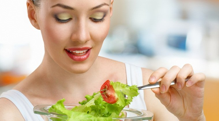 More #Veggies a day may cut early #Menopauserisk:  http://www. mambolook.com/menopause/earl y-menopause &nbsp; … ,  http://www. mambolook.com/link/10520967  &nbsp;  <br>http://pic.twitter.com/YKoHsiDz84