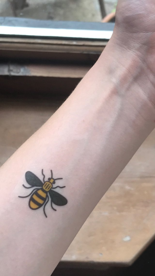 If you see a bee tattoo at #dassmacc say hello and ask.  @stemlyns #vi...