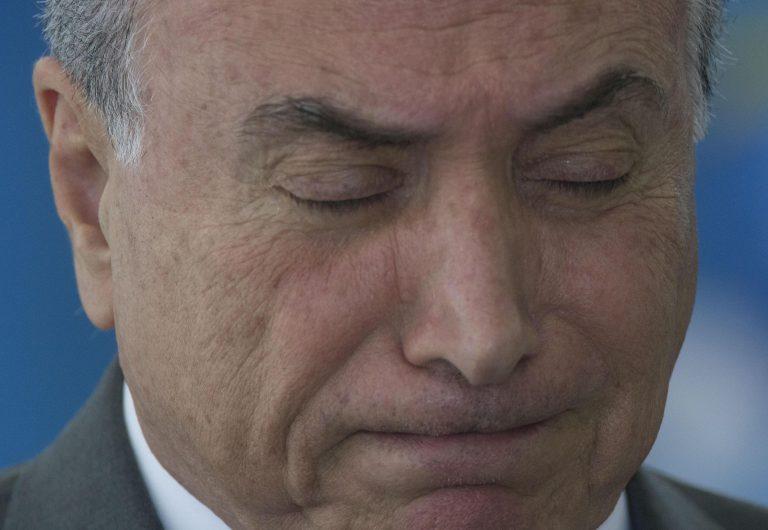 Temer é o 1º presidente na história do Brasil denunciado por corrupção no exercício do cargo https://t.co/PpyA4ZerSh