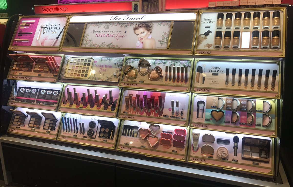 Sprinkling Pixie Dust for @TooFaced in @Sephora #France  #tt #Retail #Sephora #Merchandising #TooFaced #Beauty #Cosmetics #TravelTuesday<br>http://pic.twitter.com/eiYwZ832NT