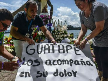 vía: NoticiasVenezue Continúa la búsqueda de desaparecidos tras naufra...