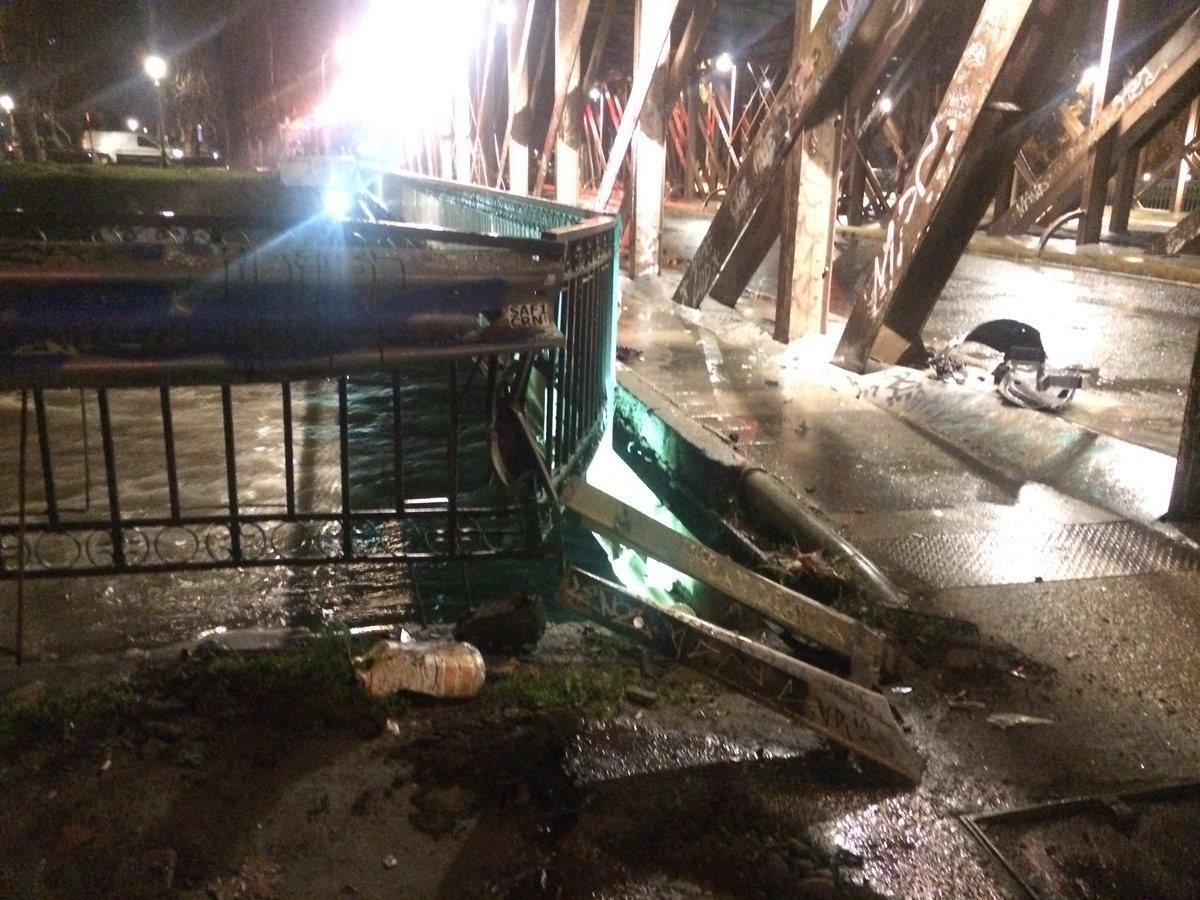 RT @jaime_sepulveda Tres lesionados leves en colisión vehicular. Santa María con Purisima @RoloHahn @casildamerino