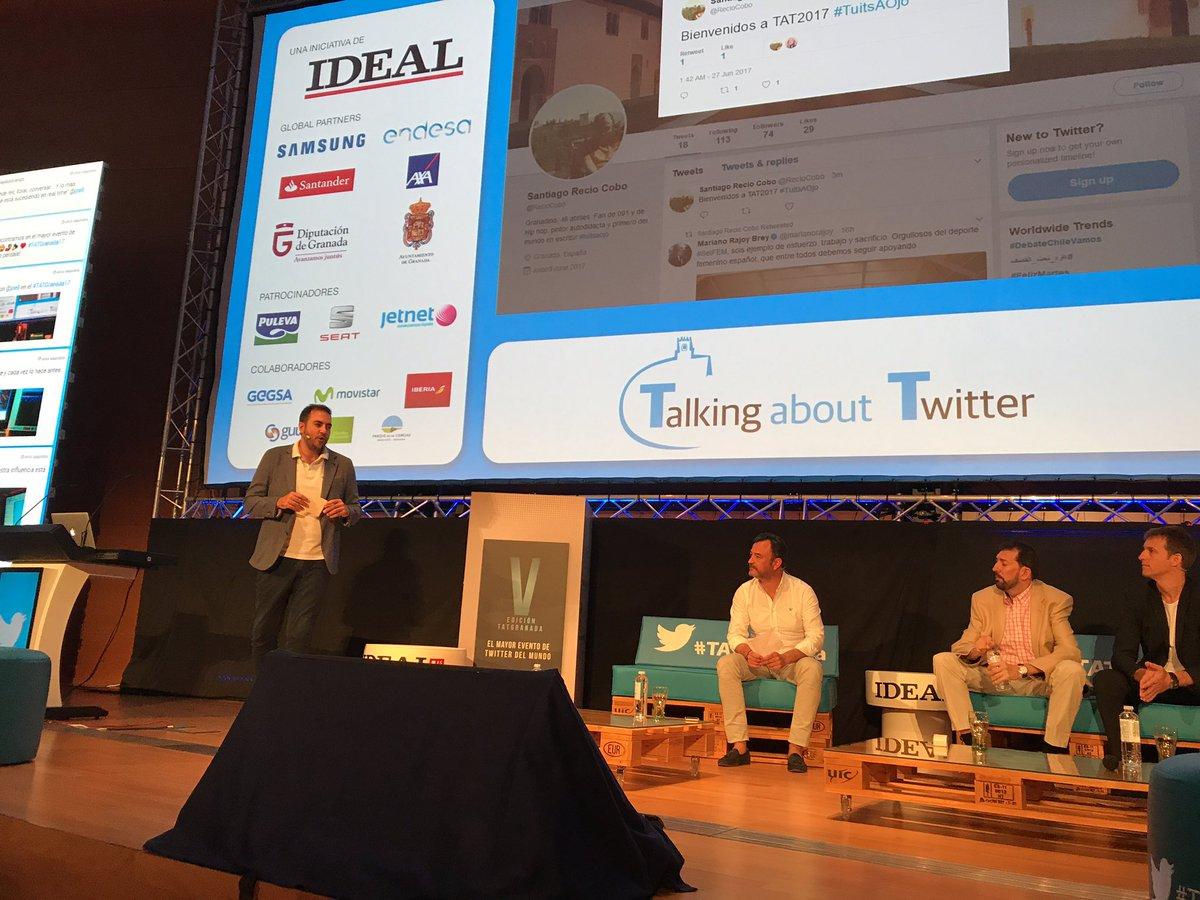 Tuitear con los ojos 👀 por primera vez a nivel mundial ahora mismo en...