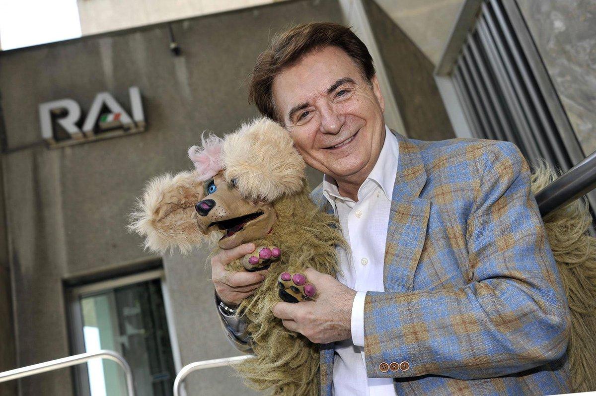 Addio #PaoloLimiti il signore dello spettacolo che rese gentile anche...