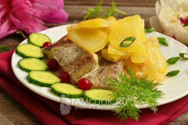 Рыба с картошкой в духовке рецепты