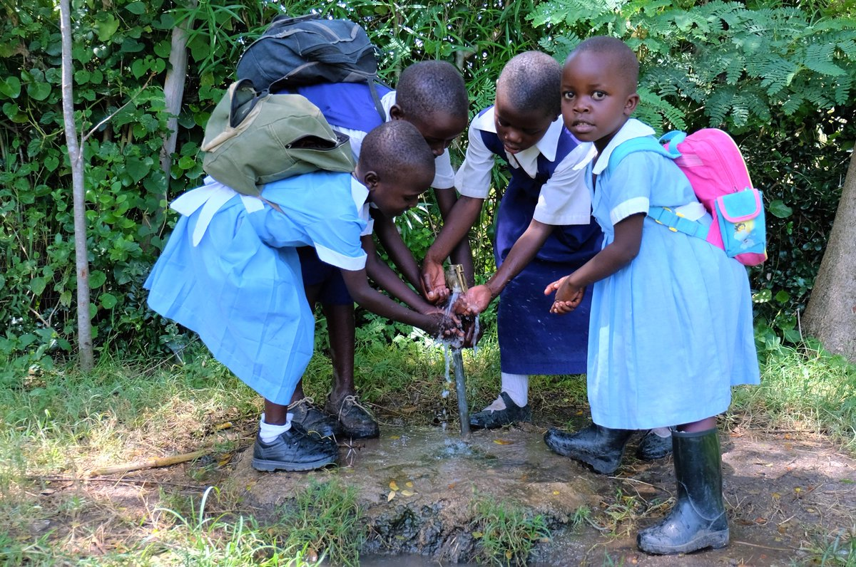 CIVS Kenya and its partner @TerraTechNGO are promoting hygiene and sanitation of orphans and vulnerable children in Ahero, Kenya. https://t.co/F13aMof9oc