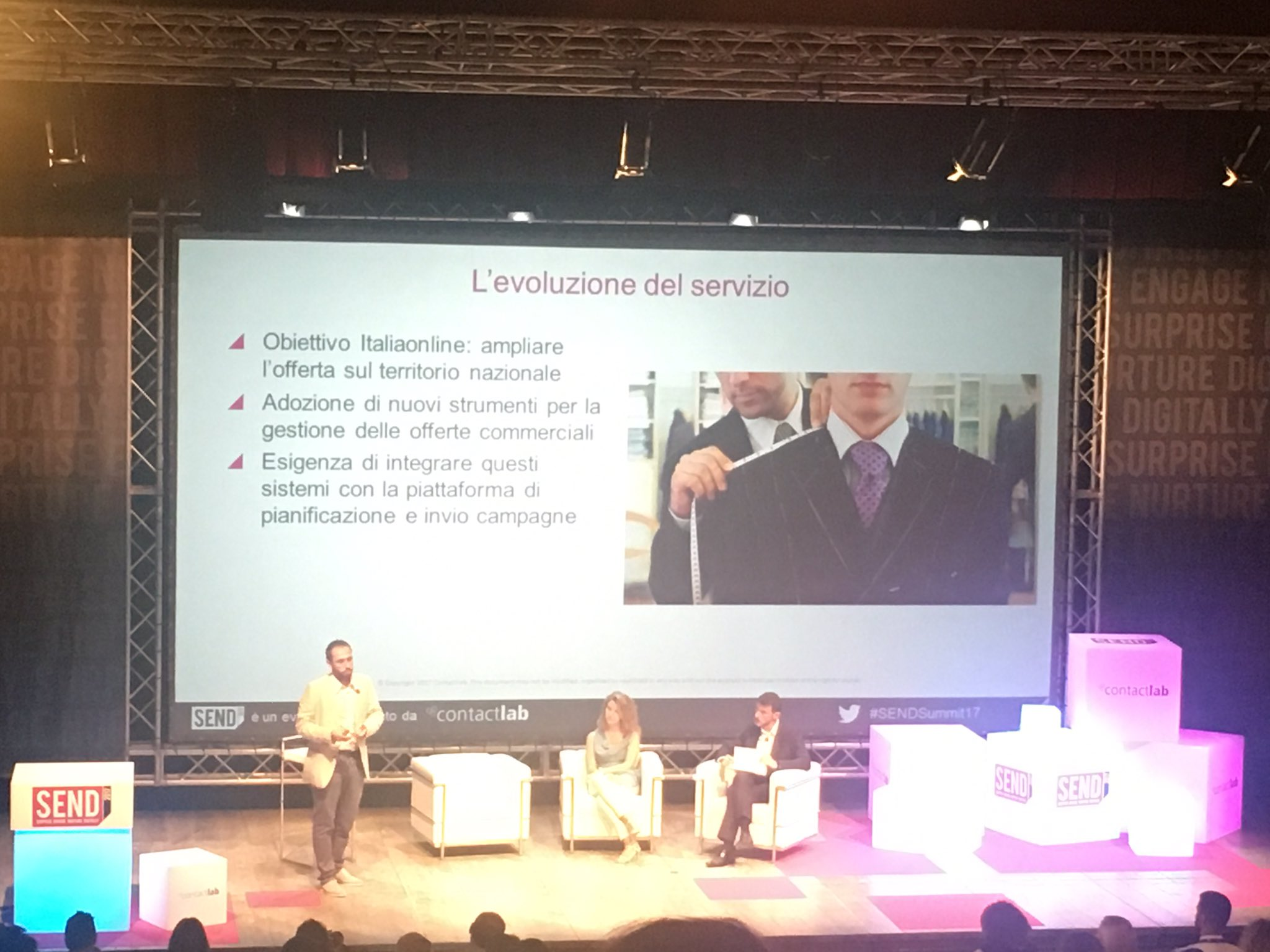 .@FabrizioCorti spiega come @ContactLab ha sviluppato il progetto con @italiaonline_it per ampliare l'offera sul territorio #SENDSummit17 https://t.co/vVdHmsBZTh