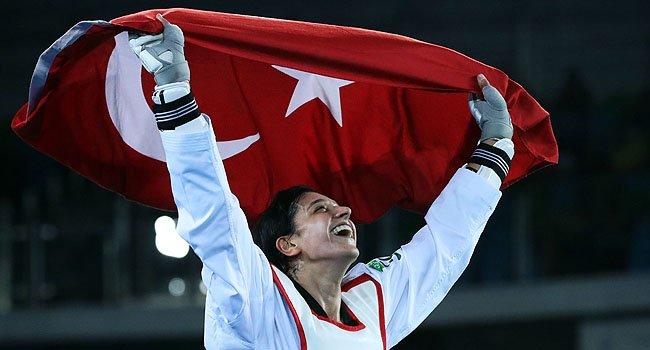 Dünya Tekvando Şampiyonası'nda kadınlar 67 kiloda milli sporcu Nur Tat...