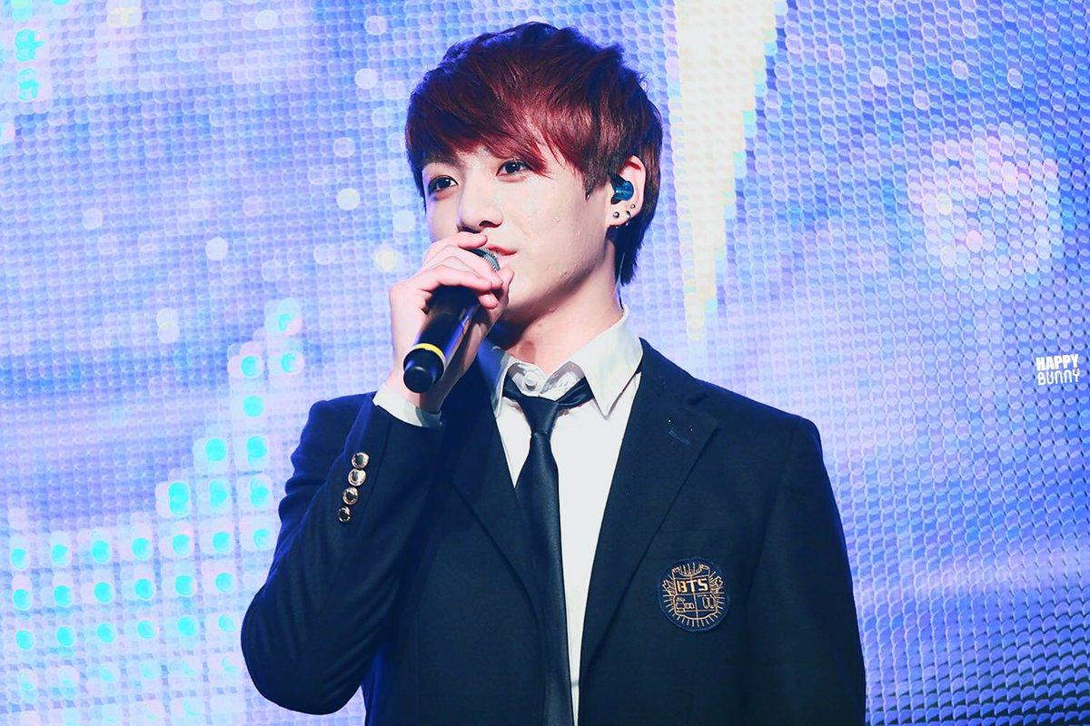 [Throwback]  140627 K-POP Healing Concert   #JungKook_Throwback #정국 #JUNGKOOK <br>http://pic.twitter.com/zxwnmRyK1T
