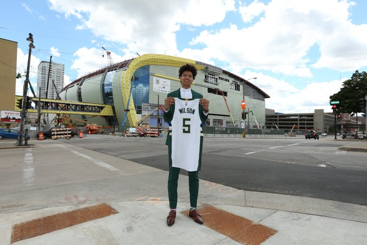 D.J. Wilson has arrived in Milwaukee!! #FearTheDeer https://t.co/Ap6xk...