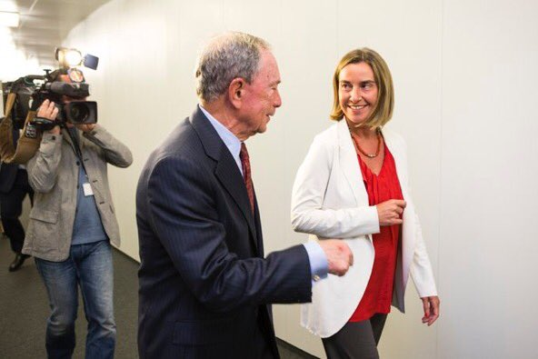 met @MikeBloomberg @UN Special Envoy for Cities &amp; #climatechange: EU building global alliances on #ParisAgreement  https:// eeas.europa.eu/headquarters/h eadquarters-homepage/28904/high-representativevice-president-federica-mogherini-meets-michael-bloomberg-united-nations_en &nbsp; … <br>http://pic.twitter.com/pNfubfzmHT