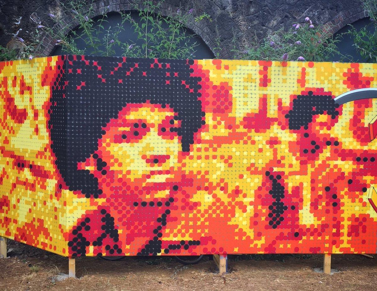 The Get Down by #streetpointillist #kan #dmv   #streetart #graffiti #graff #spray #bombing #wall <br>http://pic.twitter.com/o4WE9E45BV