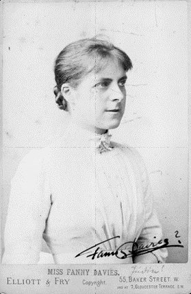 b #OnThisDay 1861 Fanny Davies pianist, studied with Carl Reinicke and #ClaraSchumann. Here Robert's #concerto  http:// bit.ly/2tQL8s4  &nbsp;  <br>http://pic.twitter.com/yewDJ77dfP